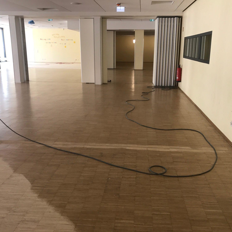 650 m² geschliffen und versiegelt