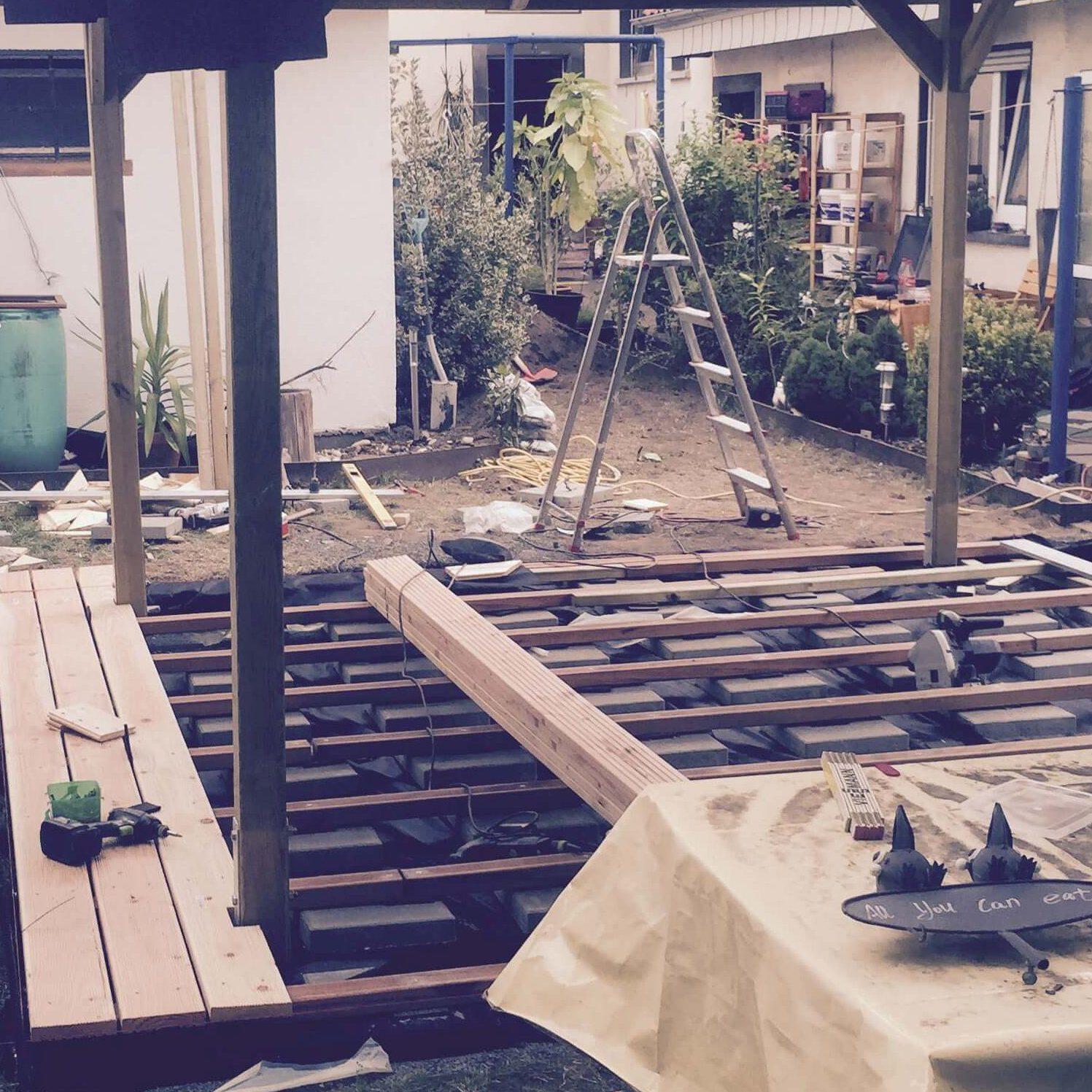 Pavillonbau: Dach und Terrasse